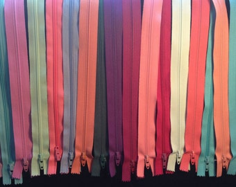 20 Zippers assorted sizes and colors