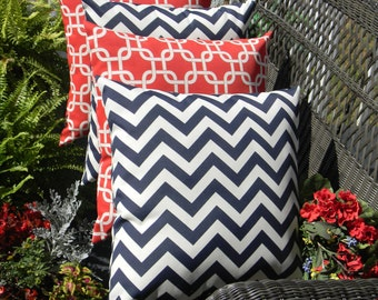 "Set of 4 - 17"" x 17"" Indoor / Outdoor Decorative Throw Pillows - 2 Red Chain Link Geometric Design & 2 Navy Blue and White Chevron Pillows"