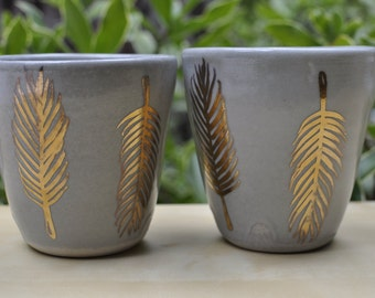 gold feather cups