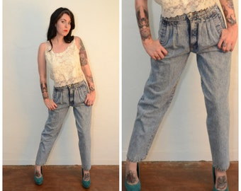 Vintage High waisted Pleated Jeans