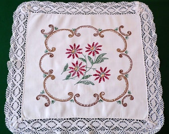 Vintage white cotton small Tablecloth Doily Table topper embroidery hand embroidered table cloth Lace table mat placemat 70s