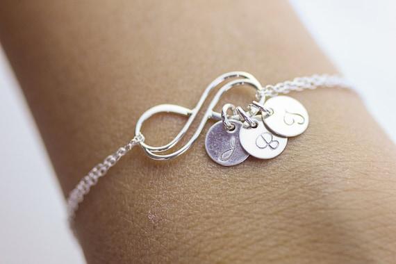 bracelet infini personnalis bracelet en argent double infini. Black Bedroom Furniture Sets. Home Design Ideas