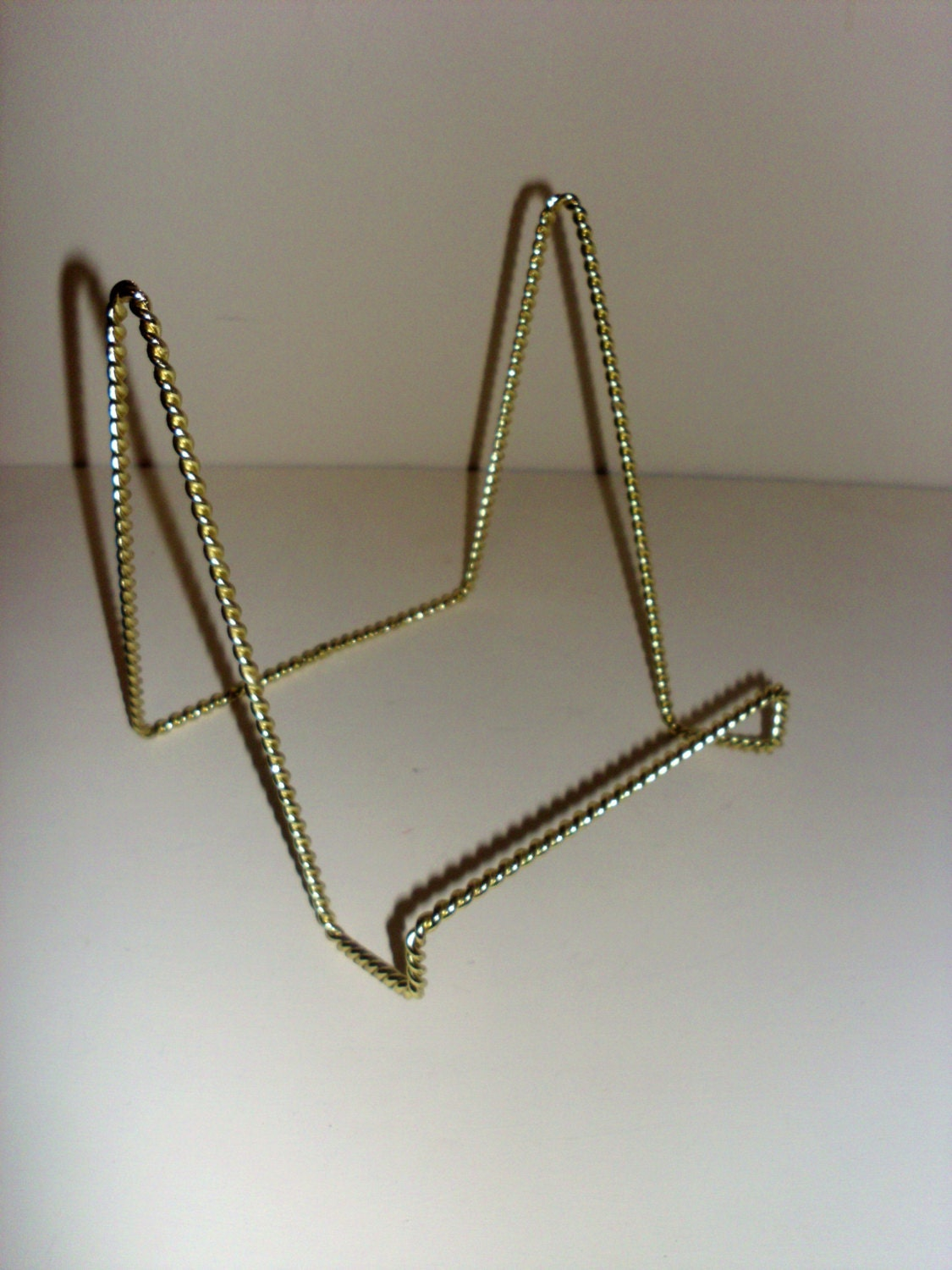 7 1 2 Inch Gold Metal Rope Easel Stand Metal Wire Tabletop