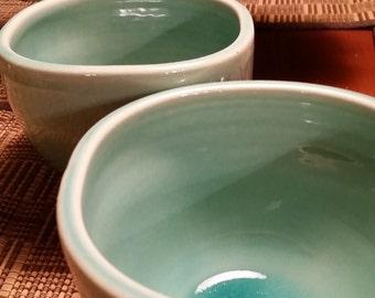 Set of 2 Square Bowls