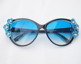 True Blue Floral Sunglasses