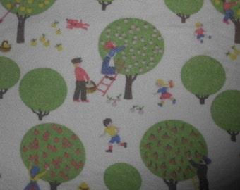 70s vintage fabric apple tree 50 x 50 cm