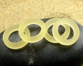 2pcs (23mm) Heney Gold Bottle-neck style Rings Sea glass Pendant Bead - 2 Pieces