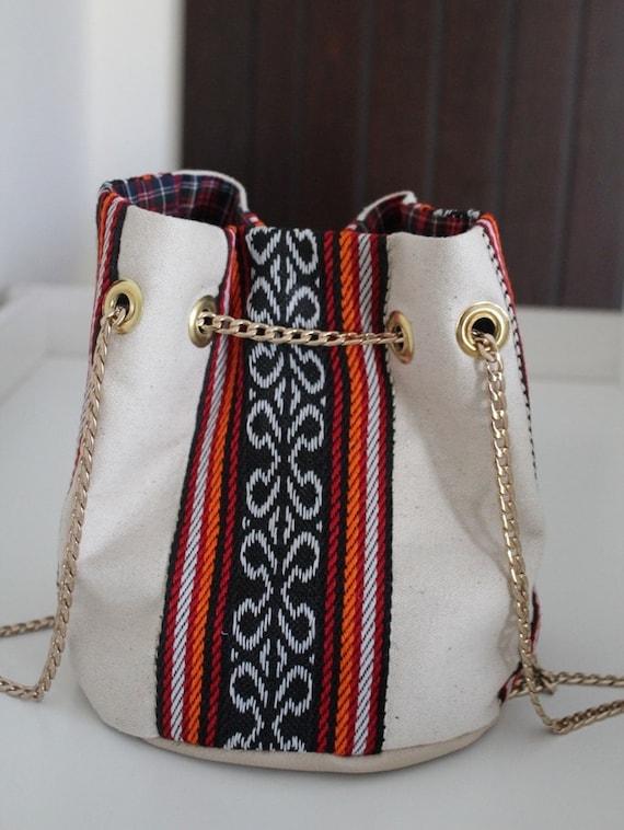 "alt=""Handmade Bucket Bag"""