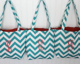 Monogrammed Chevron Tote Bag - Bridesmaid Gift  - Beach Bag - Teachers Gift - Diaper Bag - Personlized Bag - Gift Bag