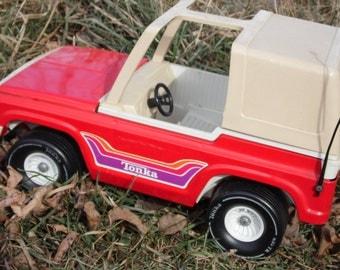 Tonka Jeep, Tonka Truck, Vintage Tonka, Tonka Toys, Barbie Jeep, Barbie, Barbie Accessories, Barbie Car,Vintage Barbie, Tonka Toy Truck,Jeep