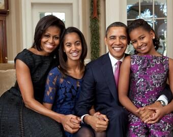 Modern  President Barack Obama Official Family Portrait, Michelle Obama, Sasha, Malia