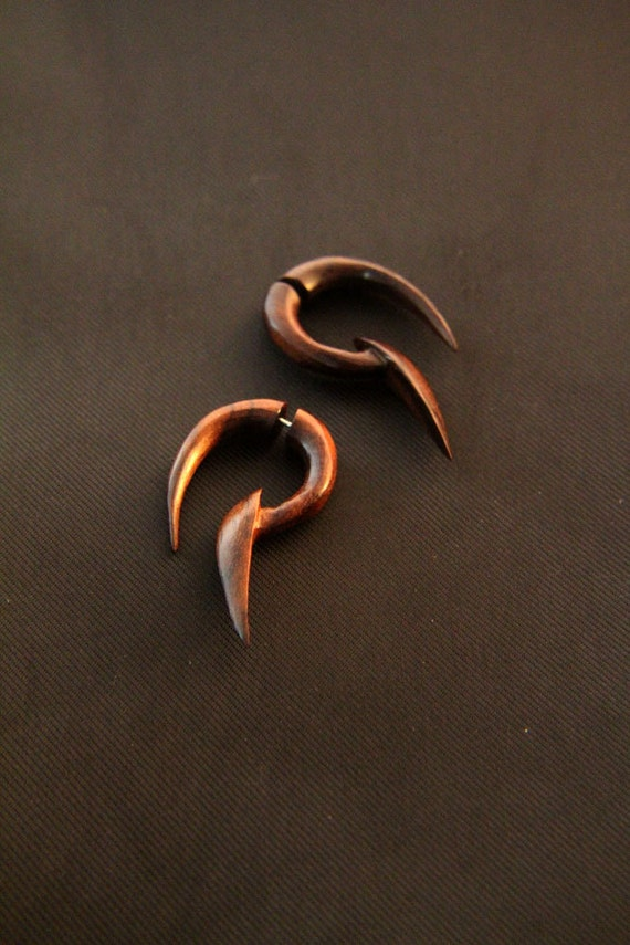 gauges that look like earrings tribal wood earring 4g gauges illusion design piercing 5410