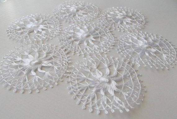 White Hand Knitted Table Cloth Needle Lace Tablecloth