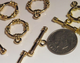 Nickel free gold tone toggle clasp for jewelry.
