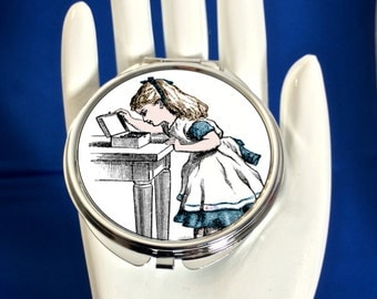 Compact Mirror - Vintage Alice - Can be Personalised
