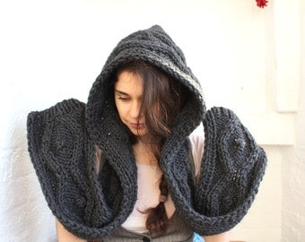 Hooded Scarf. Long Scarf. Wool Scarf. Chunky Scarf. Scoodie Scarf. Wool charcoal Scarf. charcoal hooded scarf, graphite knit scoodie scarf