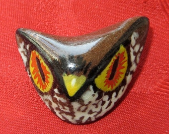 Hand Painted 1970's  Mid Century Modern Owl Earth Tone Brooch Pin - Free Shipping