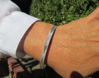 Taxco Etched Sterling Silver Bangle Bracelet