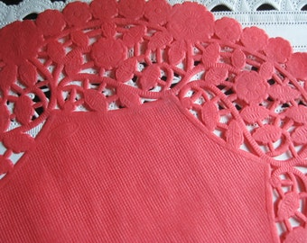 """10 pcs 10"""" Inch Round Red PAPER LACE Doilies Craft Cards Valentines FLORAL  Border Made in Canada"""