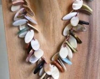 Bohemain stone necklace beach jewelry shell necklace eclectic jewelry