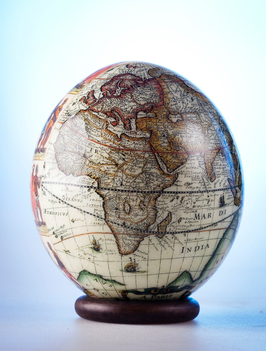 Decoupage world map ostrich egg this ostrich eggshell piece - Vente d oeuf d autruche ...