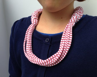 White with Stripes T-Shirt Yarn Necklace Style #1 Kid