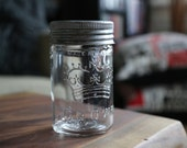 Set of 4 Crown Canning Mason Jars with Clear Glass and Zinc Lid (Made in Canada)