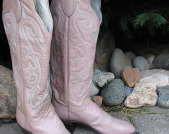 Vintage HONDO Boots ....all leather ... tiny and tall    -  Size 5 A
