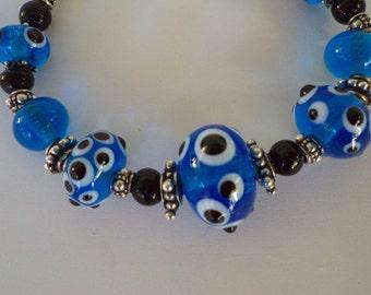 Dots on Dots lampwork glass bead bracelet