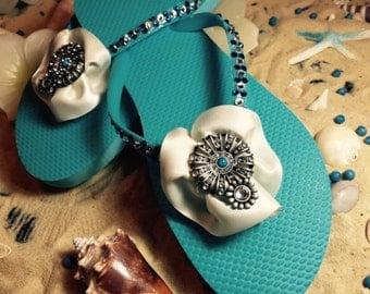 Gorgeous size 8 blue swarovski crystal flip flops!