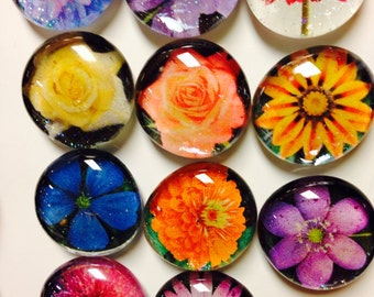 Floral glass magnets. Flower glass magnets in various colors and designs set of 6 you choose from picture shown