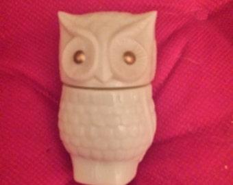 Avon Owl Perfume Jar/ Trinkets Container/ Bottle