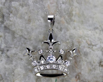 925 Sterling Silver Rhodium Plated Crown Necklace!