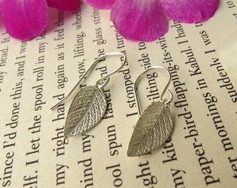 Silver leaf earrings, leaf piercing, leaf dangle earring