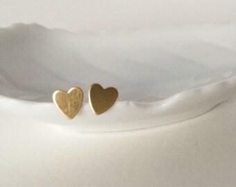 Mimi • Heart brass earring