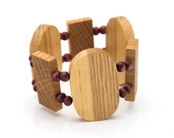 "Wooden bracelet. Reclaimed wood. Recycled. Jewelry. Eco friendly. Elastic bracelet. Stretch. Size: 6 11/16"" (17 cm)"