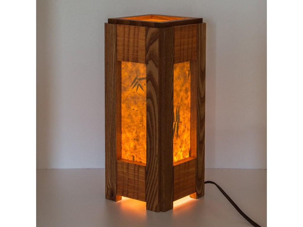 holz ulme und kiefer lampe lampe tisch wohnzimmer von. Black Bedroom Furniture Sets. Home Design Ideas