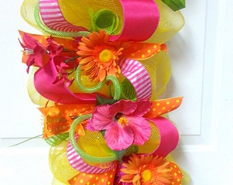 Summer Garland, Bright Garland, Deco Mesh Garland, Spring Fireplace Mantle, Hibiscus, Gerber Daisy Garland, Summer Arrangement, Home Decor