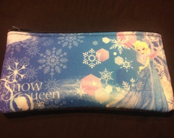 Disney's Frozen Pencil Case / Zipper Pouch #133