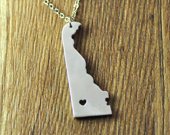 Love Delaware necklace,personalized state necklace,personalized state map pendant, Custom I heart Delaware map jewelry