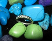 Quality Solid Sterling Silver Ring - Size 7
