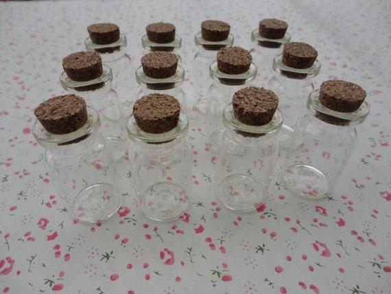 30st glasflaschen mit korken miniatur winzig trank. Black Bedroom Furniture Sets. Home Design Ideas