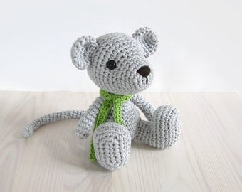 PATTERN: Small sitting mouse - Crochet pattern - Amigurumi tutorial with photos (EN-050)