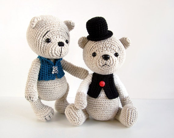 PATTERN: Teddy Bear in a Top Hat and Vest Classic teddy bear