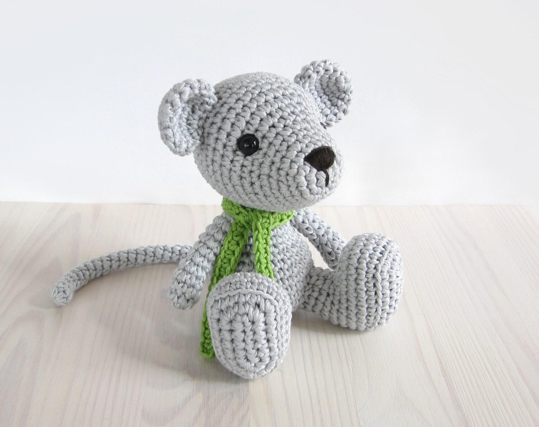 Amigurumi Cube Tutorial : Pattern small sitting mouse crochet amigurumi