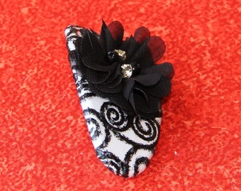 Black and White Swirl Barrette with Center Jeweled Flower