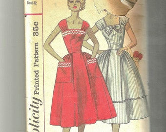 Simplicity 2083 Vintage 1950s sewing pattern Misses dress size 12 Bust 32