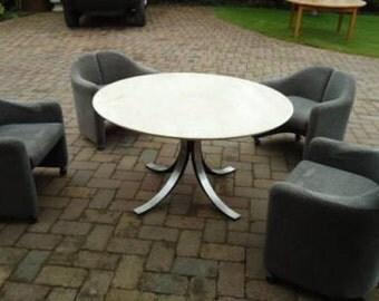 An Italian marble top dining table by Osvaldo Borsani
