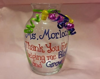 Personalized Vases by Occasion, Personalized Vase for Teacher, Personalized Vase for Mom, Custom Vase for Special Someone
