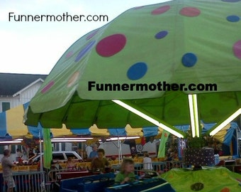 Green fair ride - polka dots - Carnival